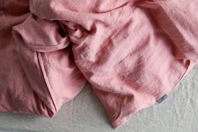 Lniany komplet pościeli w kolorze różowym
