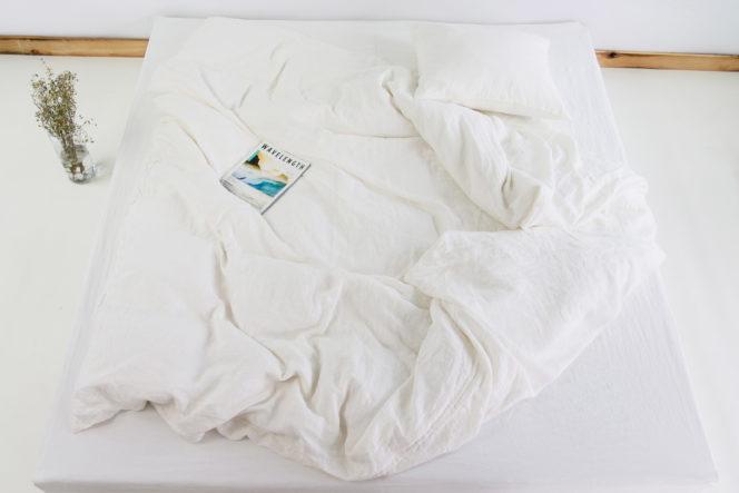 Lniana poszewka na kołdrę w kolorze mleczno-białym