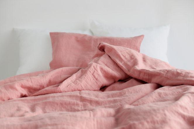 Komplet pościeli w kolorze różowym