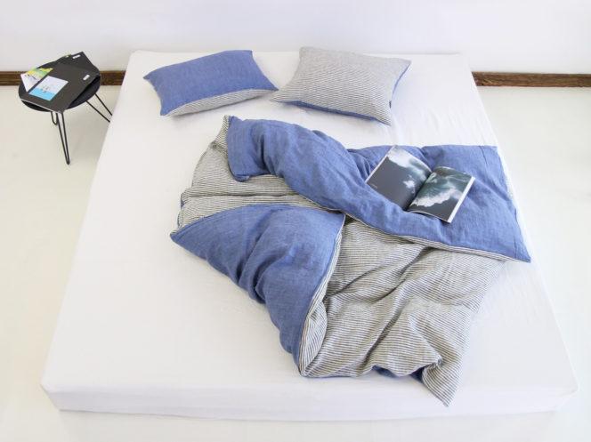 Poszewka na kołdrę niebieska w paski z lnu