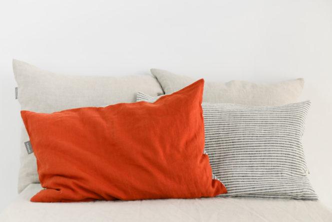 Poszewka na poduszkę w paski ceglana