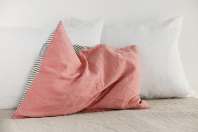 Poszewka na poduszkę w paski indyjski róż