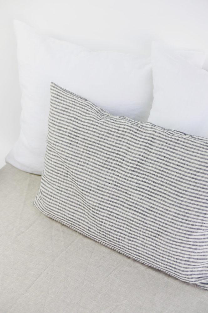 Paskowana poszewka na poduszkę z lnu