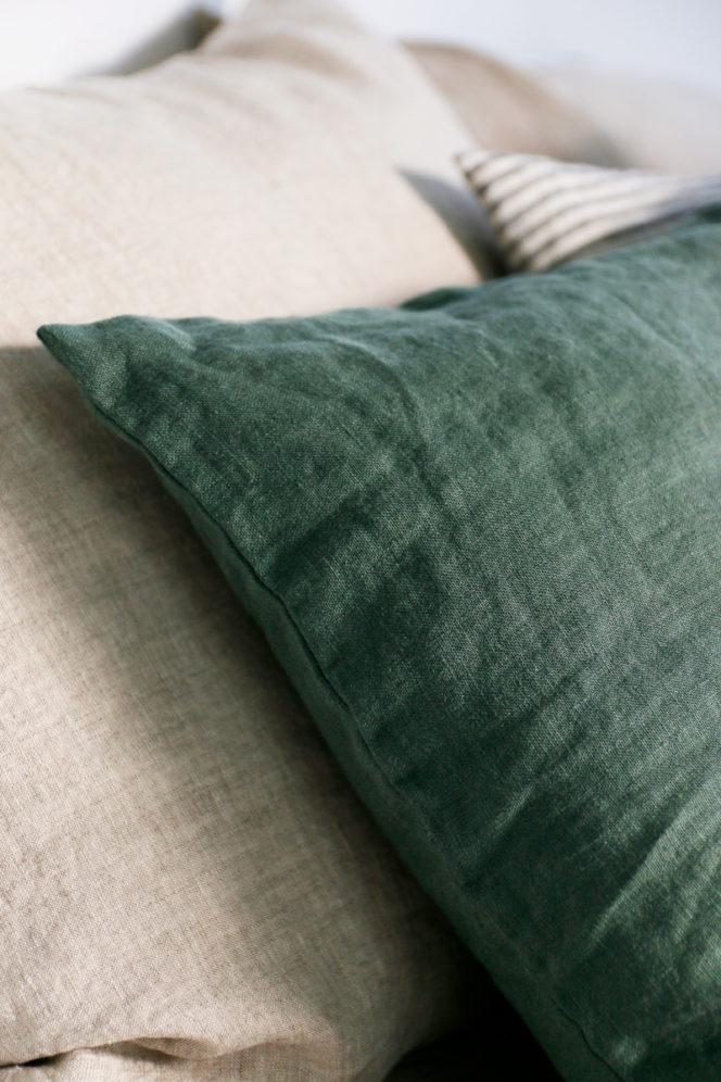 Poszewka na poduszkę w kolorze dolarowa zieleń