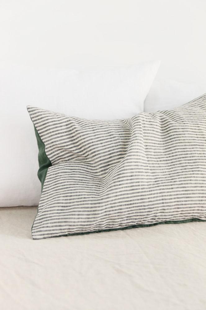 Poszewka lniana na poduszkę w paski dolarowa zieleń
