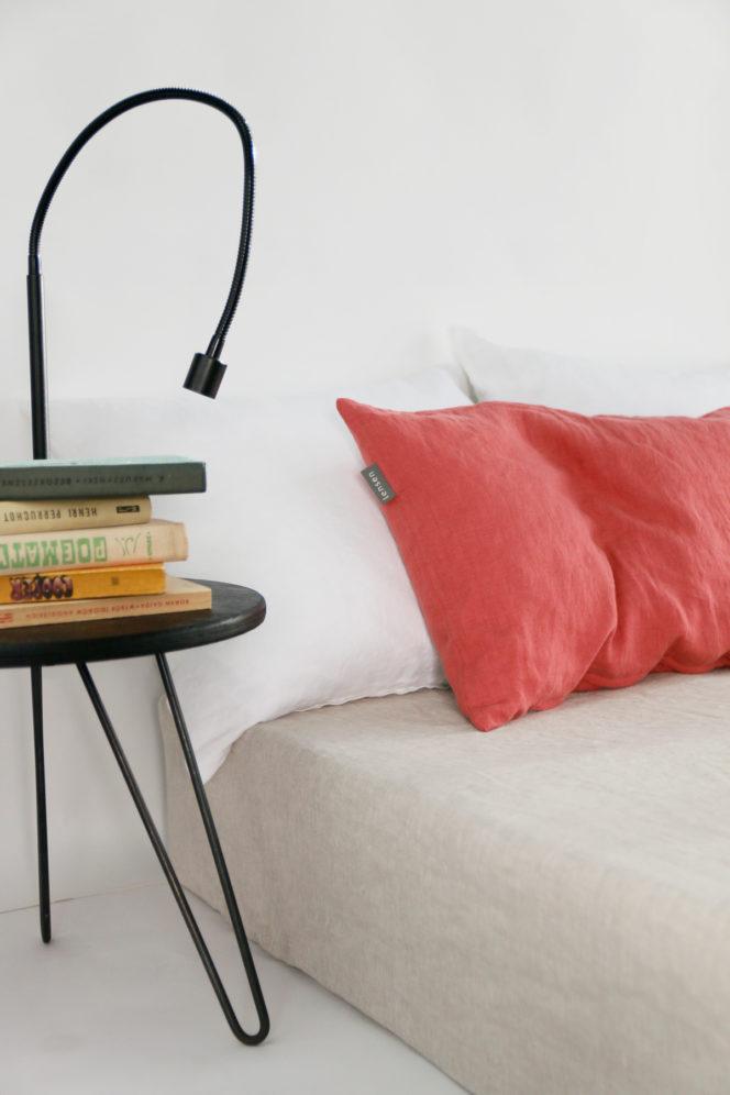 Lniana poszewka na poduszkę w kolorze dusty rose