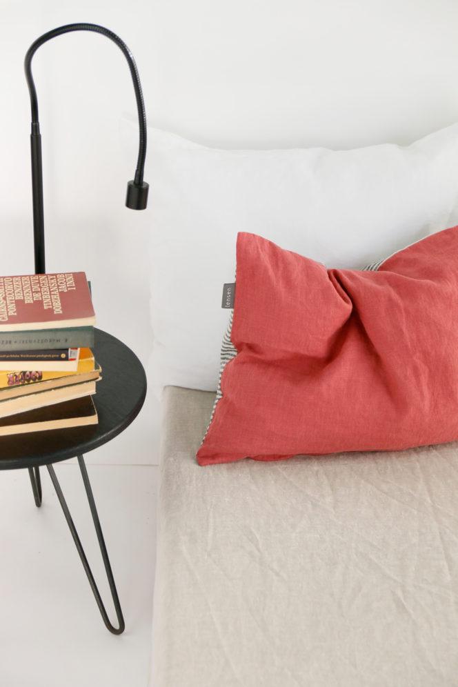Lniana poszewka na poduszkę w paski w kolorze dusty rose
