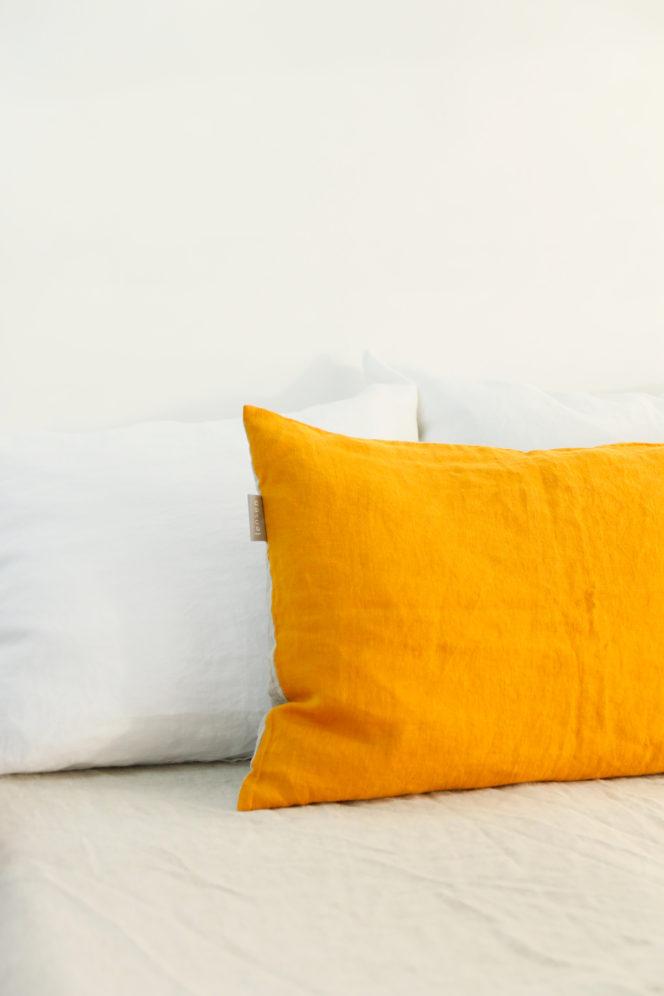 Poszewka na poduszkę dwustronna musztardowo-lniana