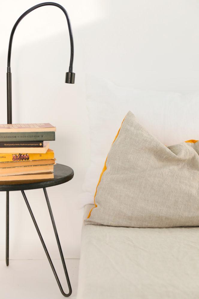 Lniana poszewka na poduszkę w kolorze musztarda-len