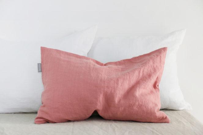Lniana poszewka na poduszkę jasno różowa