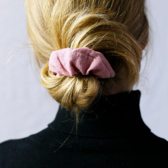 Gumka do włosów w kolorze jasnego różu