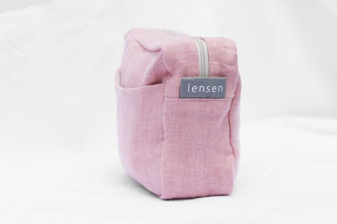Kosmetyczka lniana w kolorze jasno różowym