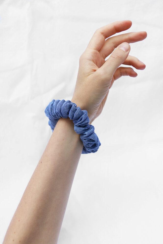 Scrunchie ciemno niebieska