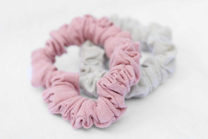 Jasno różowe scrunchie